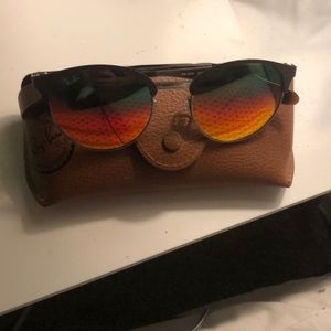 Rare ray-bands !